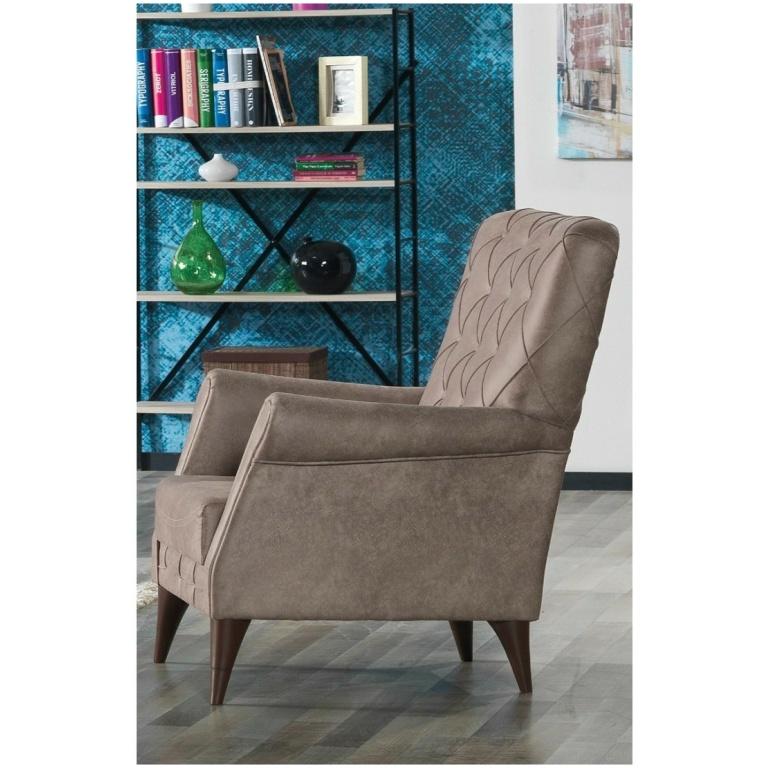Πολυθρόνα μπερζέρα, της σειράς PANAMA, με ταπετσαρία, με υφή δέρματος, σε ένα απαλό σκούρο μπεζ χρώμα. Διαθέτει καπιτονέ πλάτη.