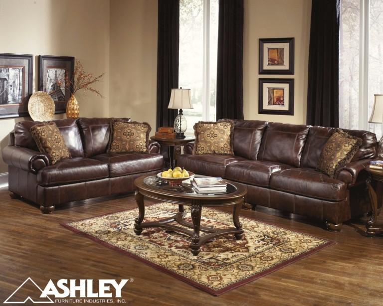 Καναπές Axiom της Ashley