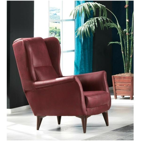Η πολυθρόνα μπερζέρα ROMA, σε απλό σχέδιο, ωραίο μπορντό χρώμα και αναπαυτικά μαξιλάρια, στο κάθισμα και στην πλάτη.